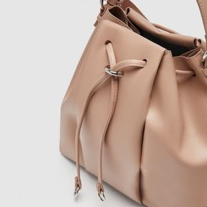 ⚡️SALE NWT Zara Monochrome Bucket Bag - Nude Color